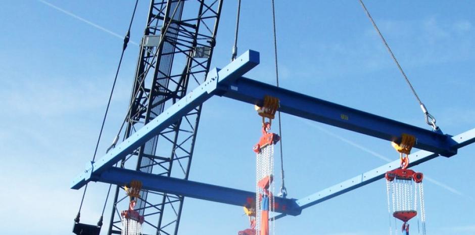 Hoisting Equipment: Safety Tips